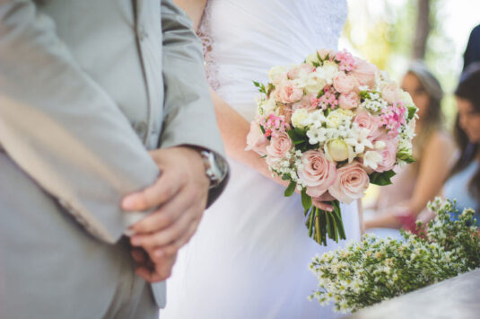 Live a happy married life by resolving conflicts in your marriage